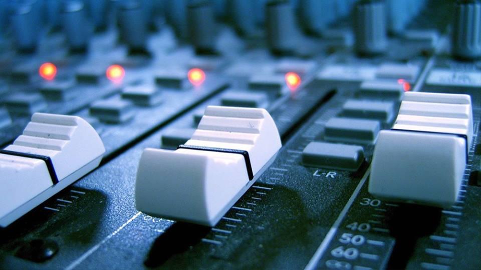 Service Audio Treviso – Noleggio Audio Luci DJ